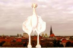 Vogel aus Zedernholz über Münster